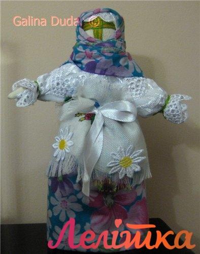 весняна лялька-мотанка