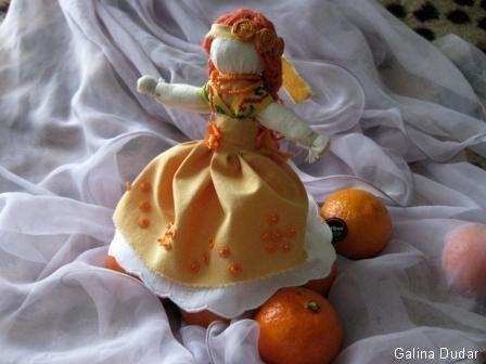 Лялька-мотанка Помаранчевий настрій