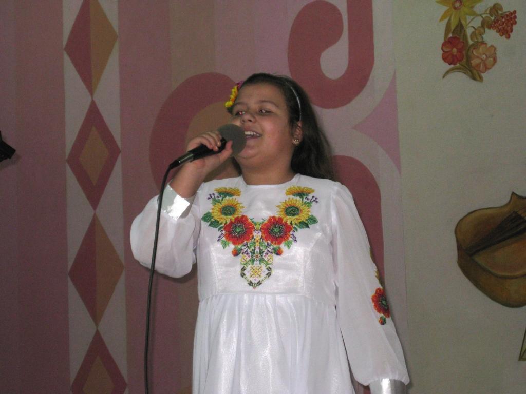 4 благодійний фестиваль української пісні