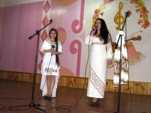 Настя та Ольга Мартинюк
